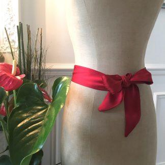Ceinture soie rouge ruban